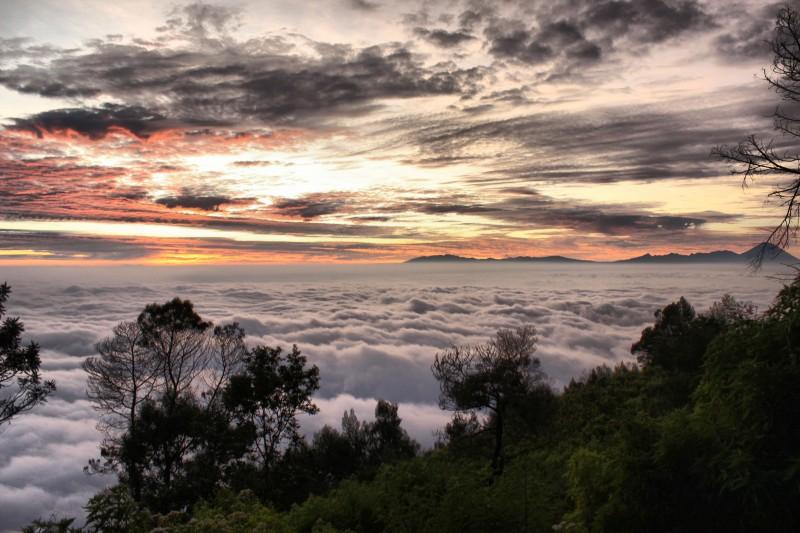 Pesona Gunung Panderman