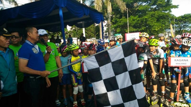 Abah Anton Buka Kejuaraan Sepatu Roda Tingkat Nasional