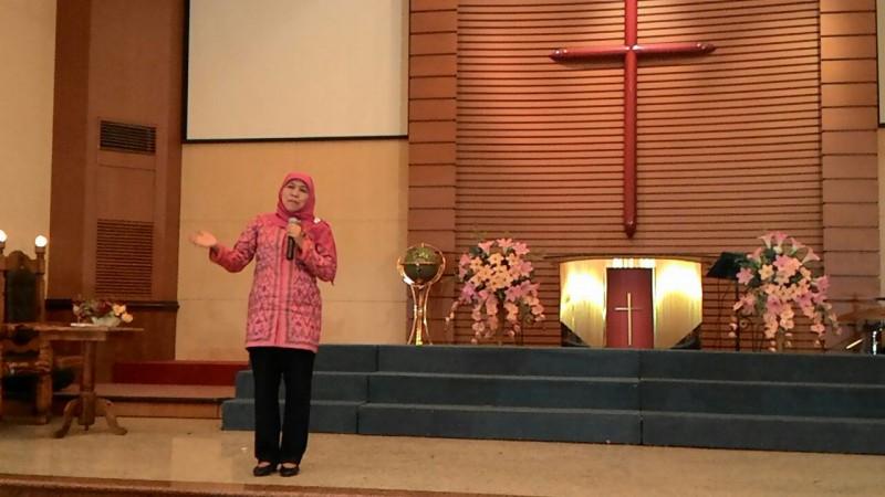 Mensos Hadiri Paskah di Malang, Ajak Tinggalkan Kegelapan