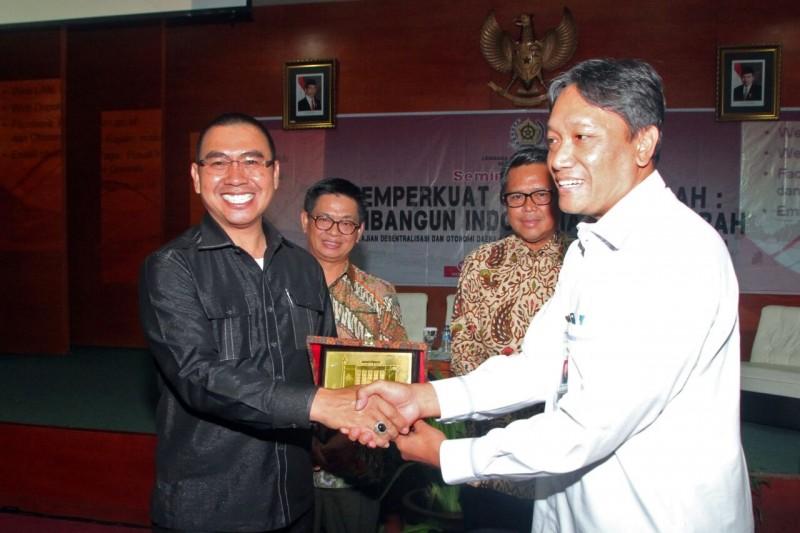 PDAM Kota Malang Mendapat Penghargaan Global Water Award