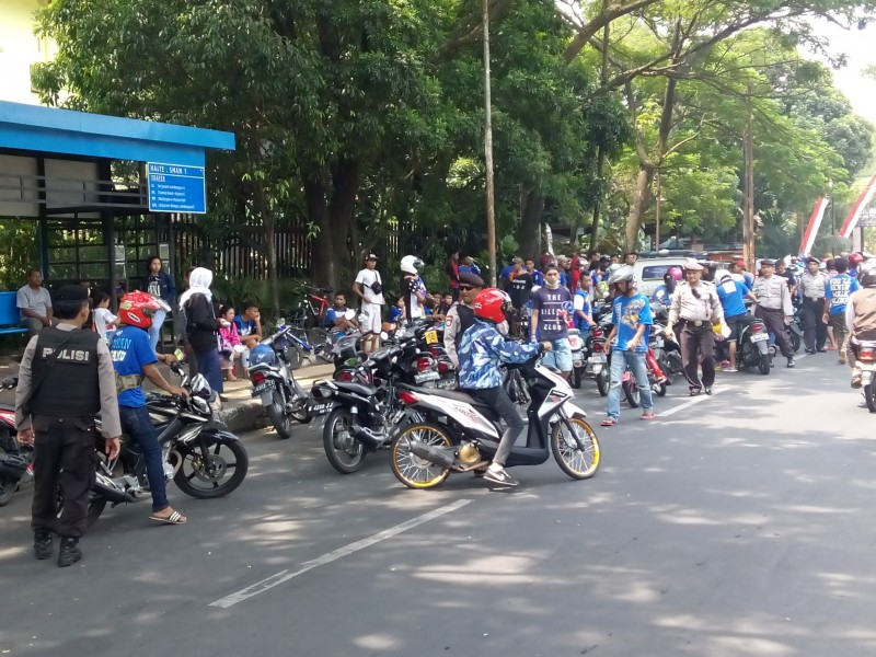 Ratusan Konvoi Aremania Ditindak Tegas