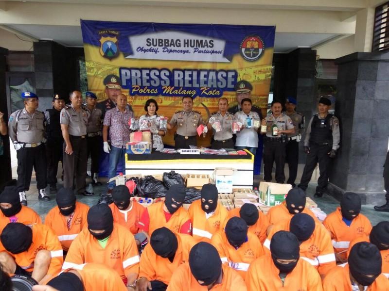 Ribuan Miras, Ratusan Tersangka Terjaring Operasi Camer Semeru Polres Malang Kota