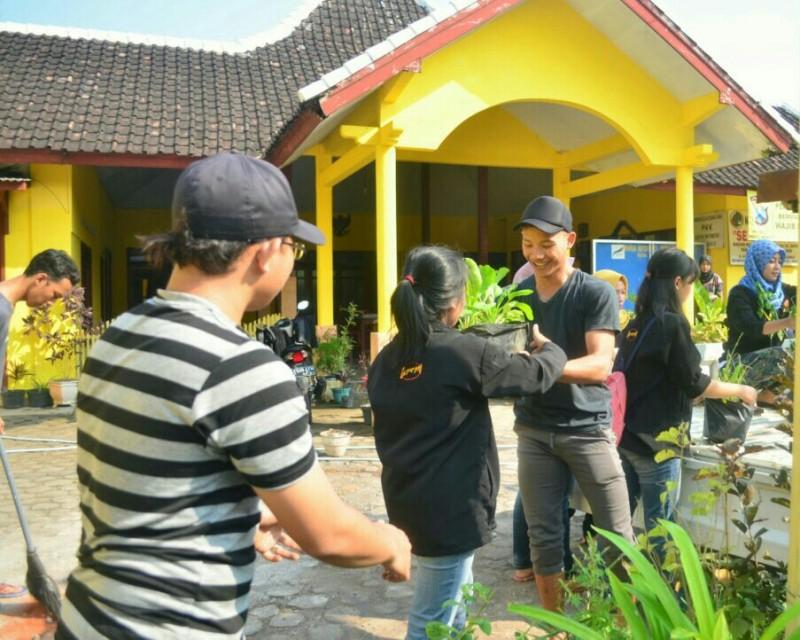 Balearjo Bersih dan Hijau Bersama KKN 114 UMM