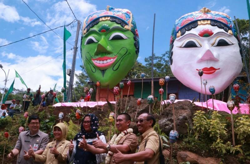Launching Kampung Wisata 100 Topeng di Desaku Menanti