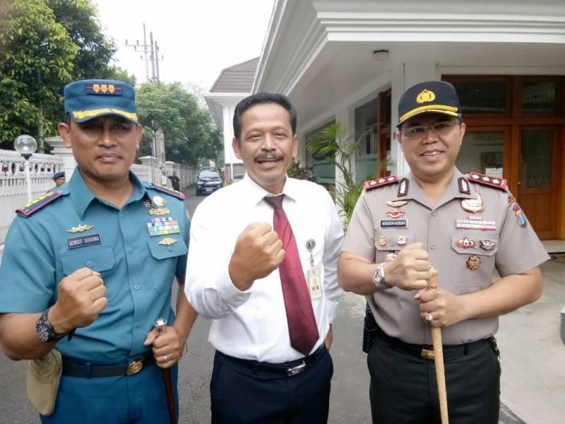 13 Mobil Kas Keliling Dikerahkan Untuk Melayani Penukaran Uang di Malang