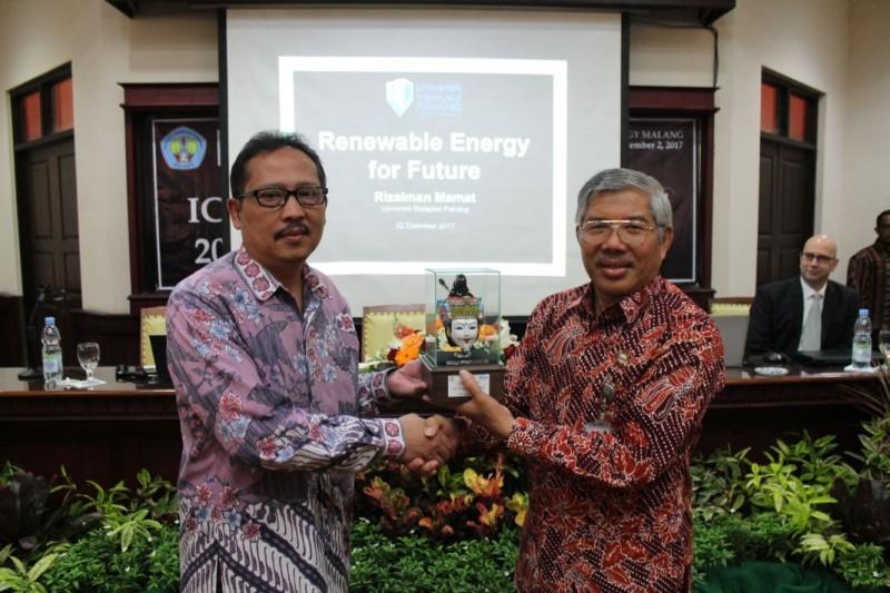 Penulisan Jurnal Internasional di Indonesia Rendah, ITN Gelar Seminar Internasional