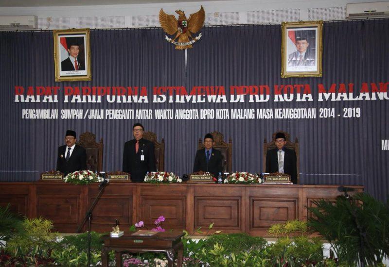 Pengambilan Sumpah Janji Pengganti Antar Waktu Anggota DPRD Kota Malang Masa Keanggotaan Tahun 2014 – 2019