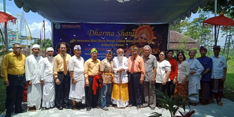Peringati Dharma Shanti atau Hari Raya Nyepi, ITN Malang Beri Kado Pembangunan Pura Astawinayaka