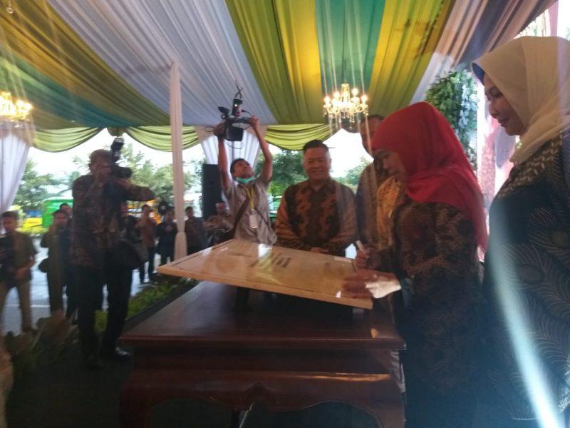 Gubernur Jatim Resmikan Wisata Kampung Hijau Tempenosaurus