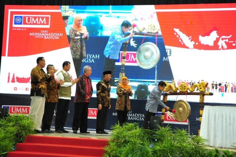Wakil Presiden,  Gubernur Jawa Timur dan Kepala Daerah Malang Raya Hadiri Festival Kebangsaan II