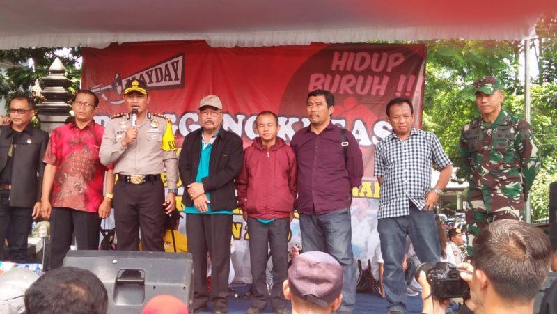 Dandim 0833 Kota Malang Peringati May Day Bersama Ribuan Buruh