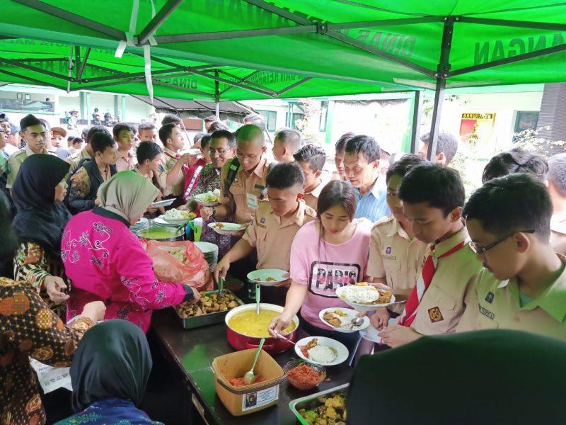Kodim 0833 Kota Malang Gelar Jumat Mulia, Ajak Makan Ratusan Orang