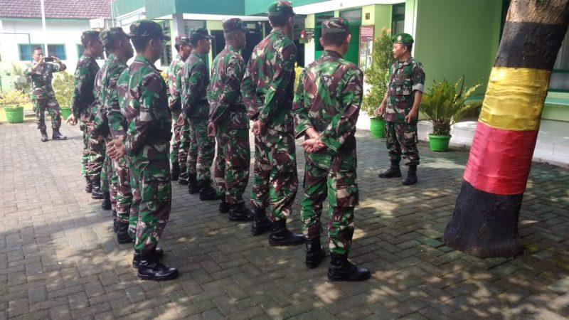 Danramil Pimpin Pelepasan Siswa OJT Susbater di Kodim 0833