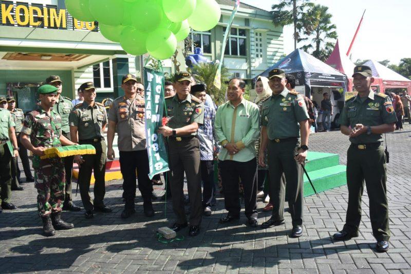 Kodim 0833 Kota Malang Mengapresiasi Bazar Murah di Bulan Ramadhan Jelang Hari Raya Idul Fitri