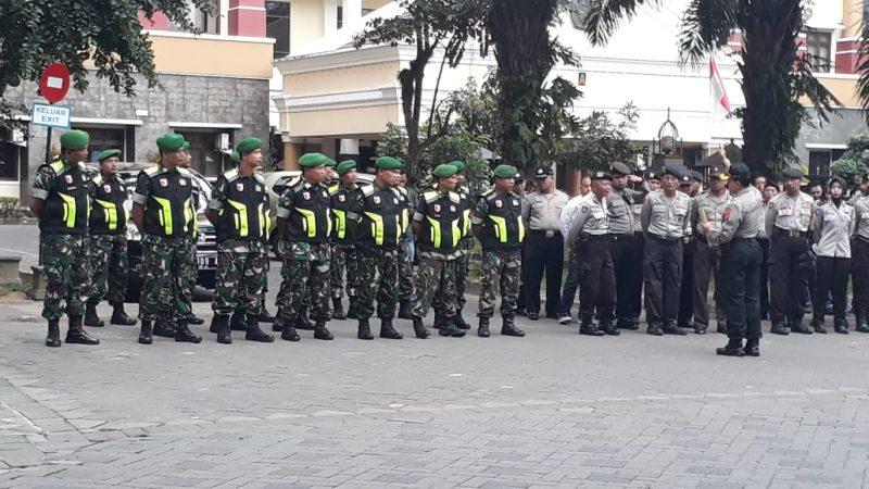 Puluhan Personel Kodim 0833 Kota Malang Amankan Teleconference Sidang PHPU