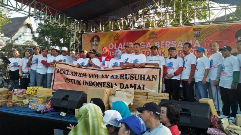 Ribuan Warga Kota Malang Deklarasi Tolak Kerusuhan di HUT Bhayangkara ke 73