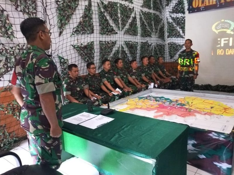 Gladi Posko I Kodim 0833/Kota Malang Berikan Materi Komunikasi Saat Penanganan Kerusuhan Massa