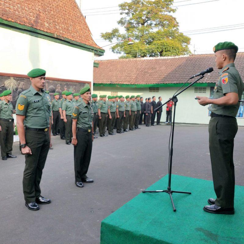 Upacara Pelepasan Dua personil Kodim 0833/Kota Malang Sebelum Bertugas BKO ke Papua