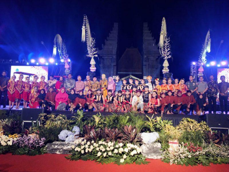 Dandim 0833 Menghadiri Penutupan Festival Panji Nusantara 2019