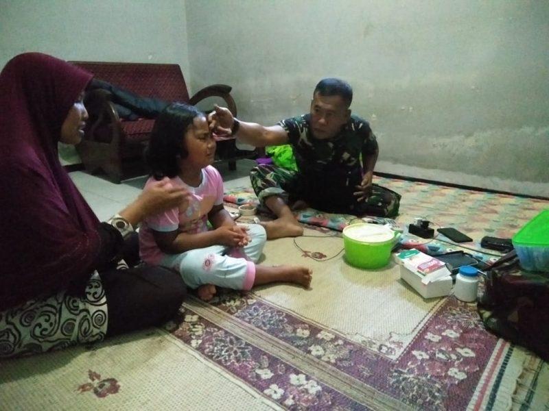 Kodim 0825/Banyuwangi Melaksanakan Pemeriksaan Kesehatan Gratis Kepada Warga