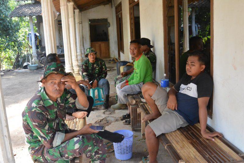 Satgas TMMD Tinggalkan Kenangan Dengan Masyarakat Desa Setail Dan Desa Dasri