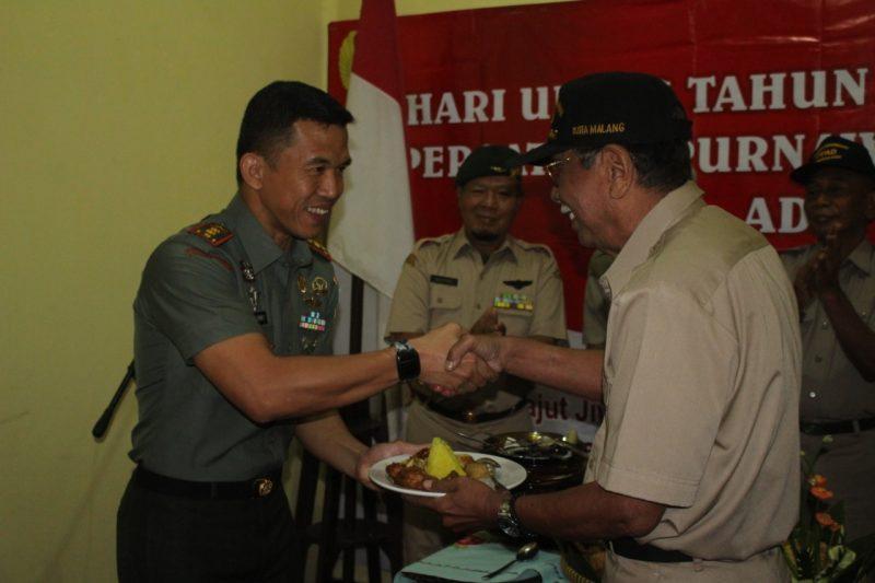 Dandim 0833 Berikan Semangat Dalam HUT Ke XVI Persatuan Purnawirawan TNI AD (PPAD) Kota Malang