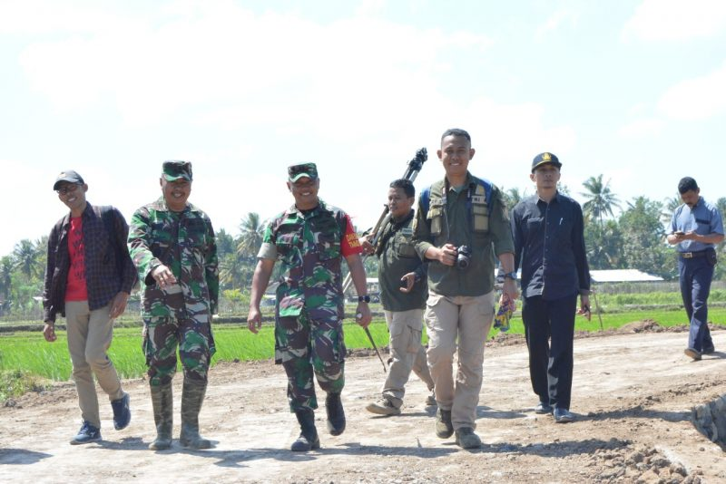 Komandan Satgas TMMD Ke 105 Kodim 0825/Banyuwangi Yakinkan Seluruh Kegiatan Selesai Pengerjaannya