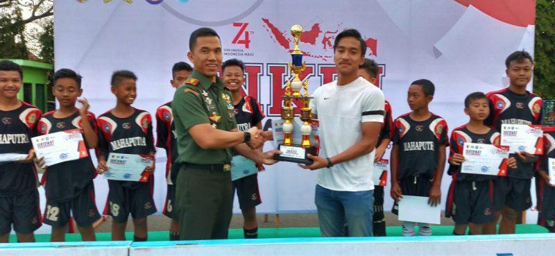 Dandim 0833 Tutup Piala Turnamen NKRI Football Festival