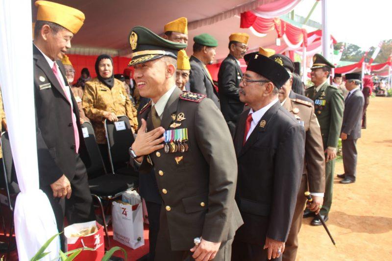 Dandim 0833 Ikuti Upacara Peringatan Detik Detik Proklamasi Kemerdekaan RI ke-74 di Kota Malang