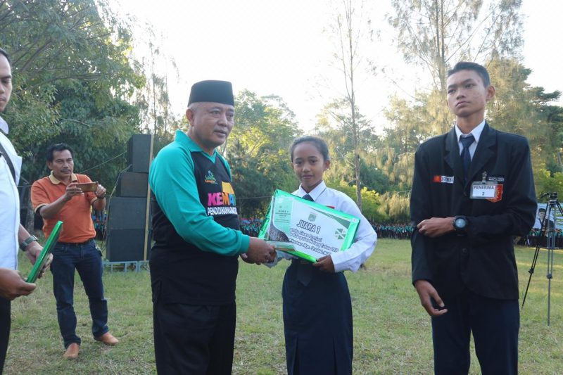 SMPN 2 Wagir Juara Satu Lomba Presentasi se- Kabupaten Malang