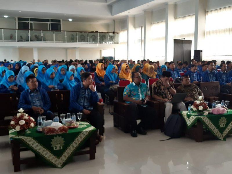 Milad Muhammadiyah Ke 110 Adakan Seminar Pendidikan Bagi Guru