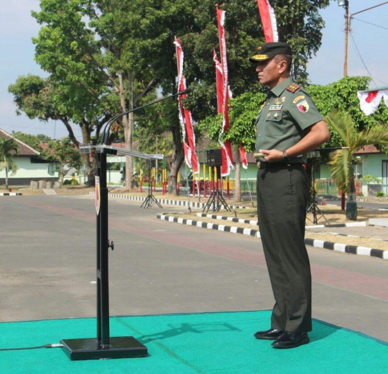 Pangdam V/Brawijaya dan Dandim 0833 Berikan Wejangan Pada Upacara Penutupan (PKKMB) Universitas Merdeka Malang
