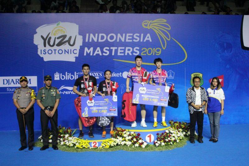 Dandim 0832 Hadiri Final Kejuaraan Bulutangkis YUZU Indonesia Master 2019