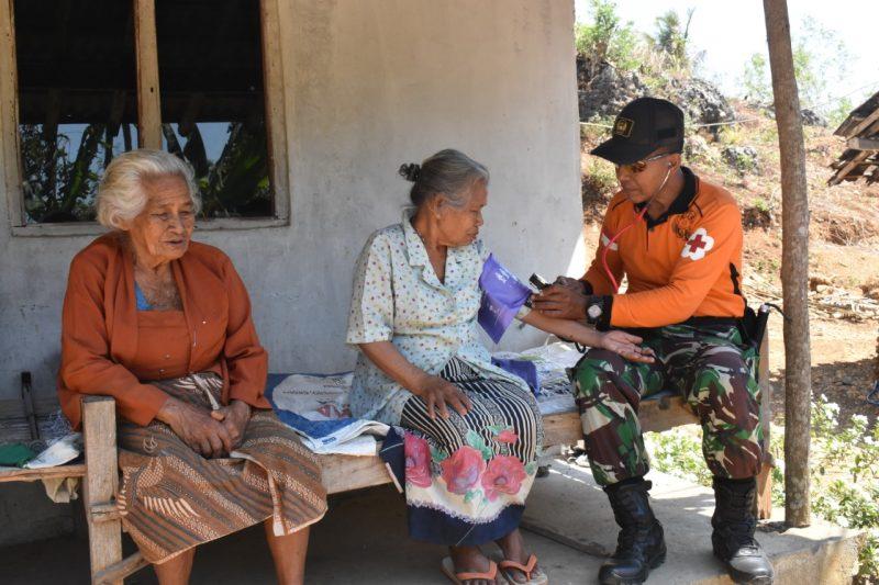 Satgas TMMD 106 Peduli Kesehatan Warga di Pedesaan