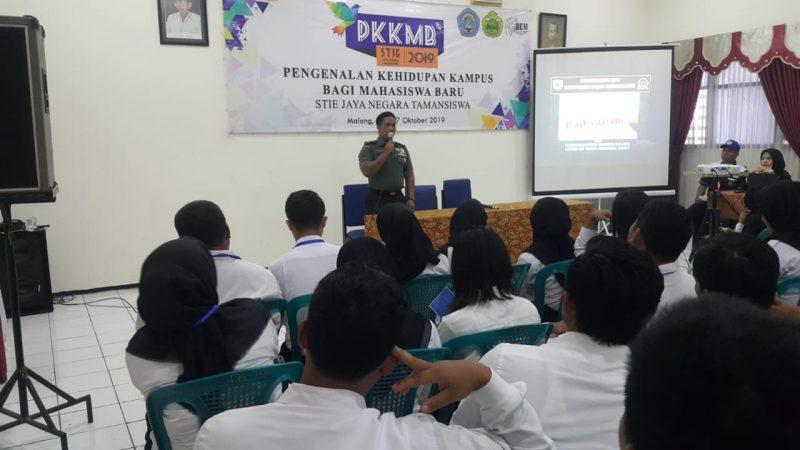 Kodim 0833 Kota Malang Berikan Wawasan Kebangsaan Bahaya Radikalisme di STIE Jaya Negara Tamansiswa Malang