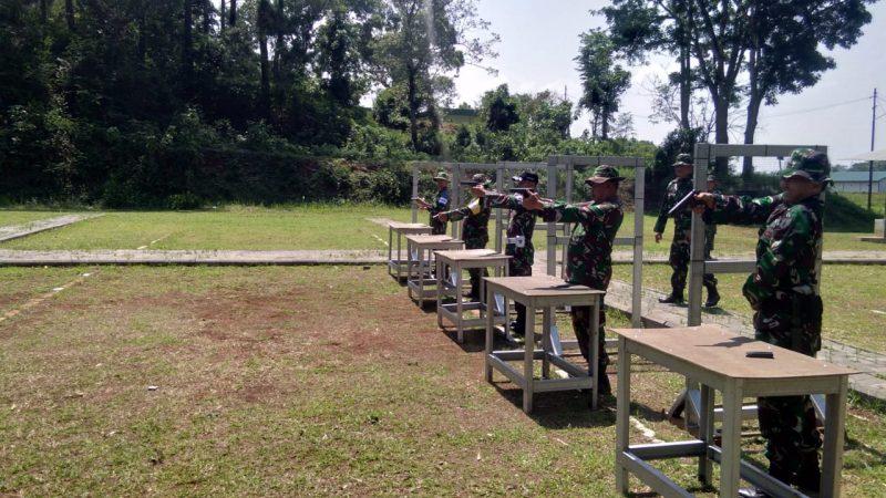 Kodim 0833/Kota Malang Gelar Latihan Menembak Senjata Ringan