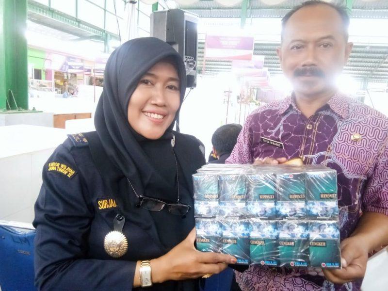 Banyak Ditemukan Rokok Ilegal di Kecamatan Kedung Kandang
