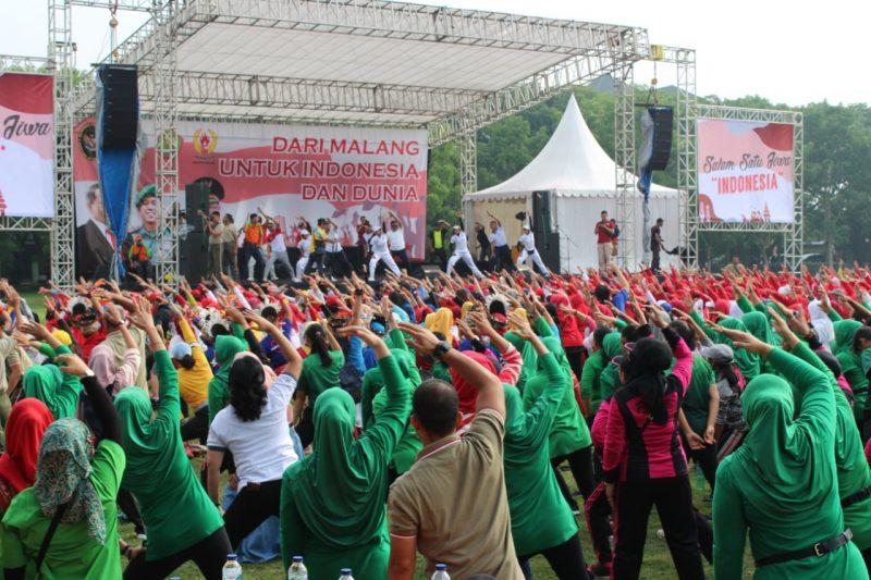 TNI, Polri, Pemerintah Kota dan Masyarakat Senam Bersama
