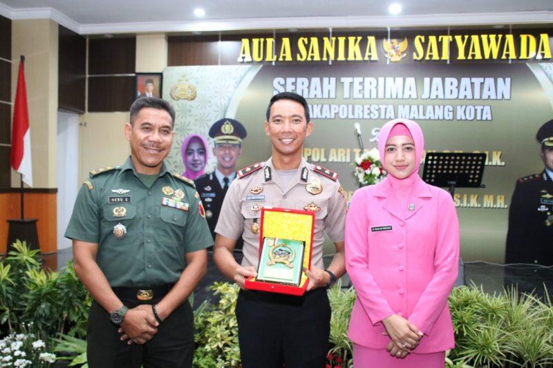 Sertijab Pejabat Baru Polresta Malang Kota Berjalan Lancar dan Meriah