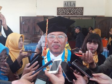 ITN Malang Kukuhkan Prof. Dr. Ir. Lalu Mulyadi, MT Sebagai Guru Besar