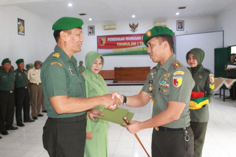 Dandim 0833/Kota Malang Pimpin Pelepasan dan Penerimaan Perwira