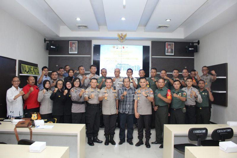 Puluhan Personil Kodim 0833 dan Jajaran Polresta Malang Kota Ikuti Pelatihan Jurnalistik