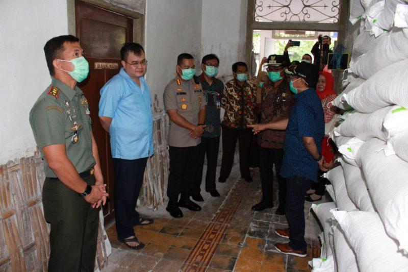 Dandim 0833/Kota Malang Bersama Unsur Forpimda Kota Malang Pantau Ketersediaan Sembako Di Kota Malang