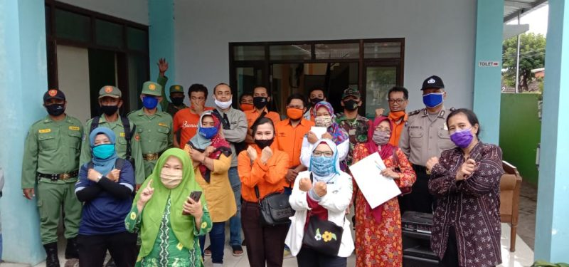 Ratusan Warga Kelurahan Mojolangu, Purwodadi, Bunulrejo dan Ketawang Gede Menerima BST