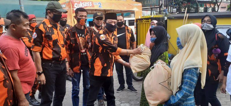 PAC PP Kota Malang Peduli Masyarakat Terdampak Covid-19 Dengan Membagikan Ratusan Paket Sembako