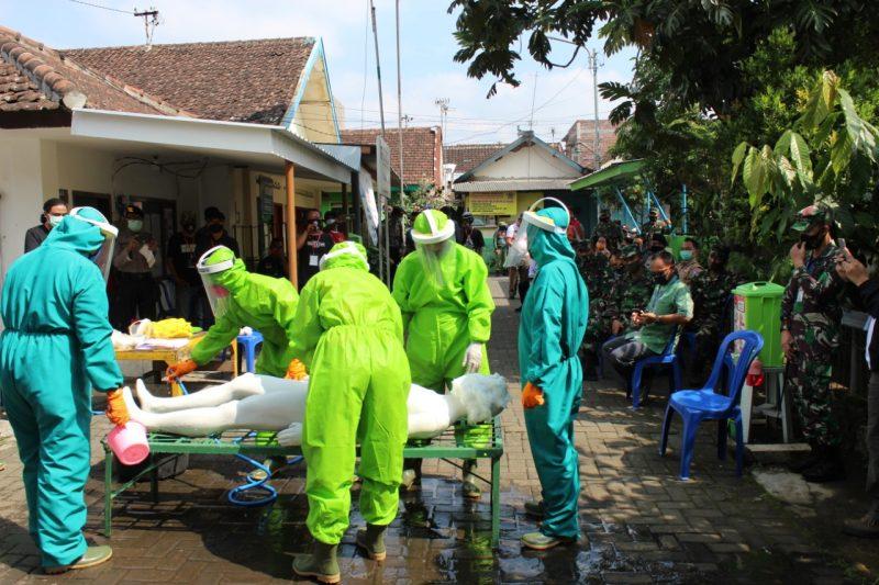 Dandim 0833 Kota Malang Dampingi Staf Ahli Kodam V/ Brawijaya ke Lumbung Pangan Kampung (LPK) Kampung Tangguh Narubuk