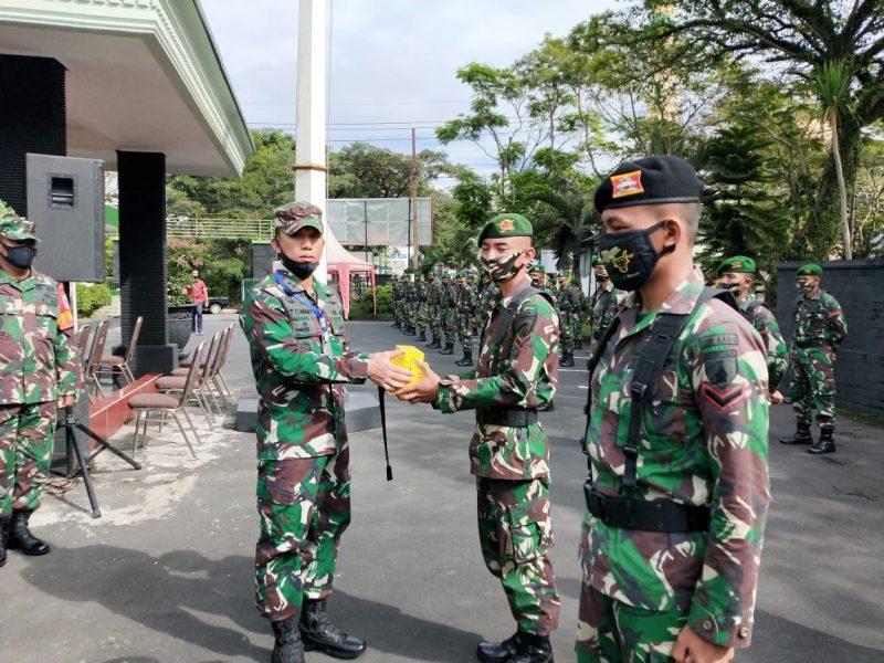 Dandim 0833/Kota Malang Berikan Vitamin Pada Personel BKO Kodim 0833