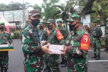Dandim 0833/Kota Malang Berikan Vitamin Tahap 2 Kepada Personel BKO Kodim 0833