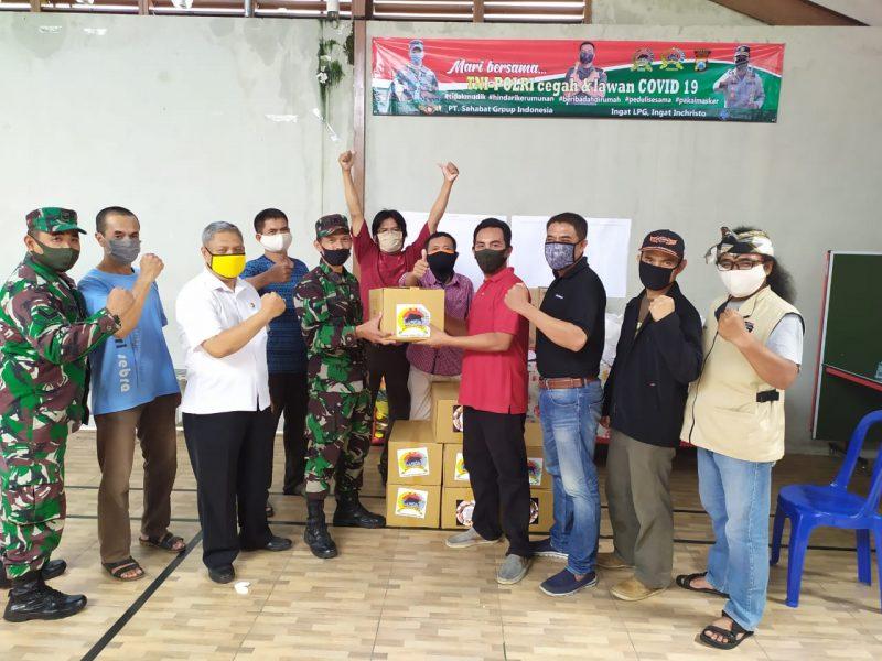 Kodim 0833 Kota Malang Serahkan Bantuan Pada Kampung Tangguh di Kota Malang