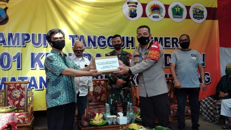 Kapolresta Malang Kota Bersama Dandim 0833 Kota Malang Berikan Motivasi Bagi Warga Kampung Tangguh Semeru Jodipan